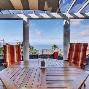 Terrace with sea views in the Casa de las Estrellas