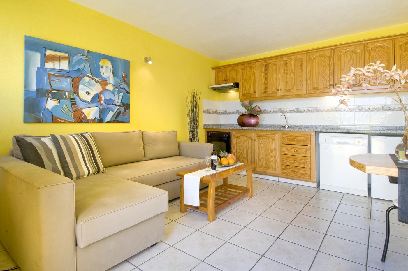 ferienhaus malaga mieten allein stehendes haus mit meerblick lapalma. Black Bedroom Furniture Sets. Home Design Ideas
